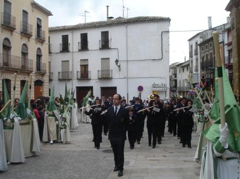 Al pasar por la esquina del Callejón de Ventaja junto a la plaza 1º de Mayo