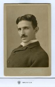 retrato-Tesla