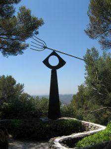 miro-pitchfork